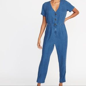 NWT Old Navy Chambray V-Neck Button Front Jumpsuit